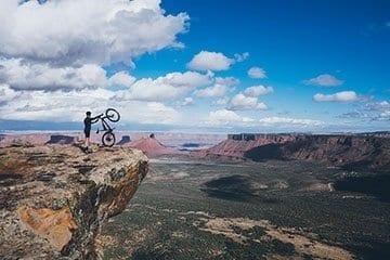 CyclinginMoab5inch.jpg