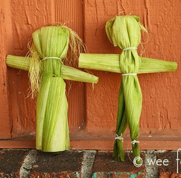Wee Folk Art Corn Husk Dolls