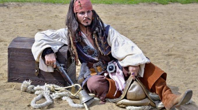 Data Mining Pirates